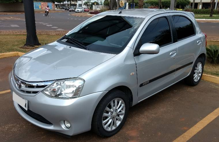 Veículo à venda: etios hatch xls flex